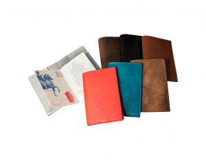 porta passaporto personalizzato pelle